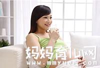 孕妇喝脱脂牛奶好还是全脂牛奶好?脱脂奶和全脂奶的区别