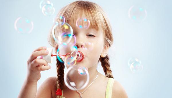 托班语言教案:吹泡泡