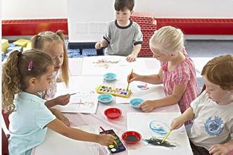 为孩子报儿童兴趣班 家长最易犯的3个错