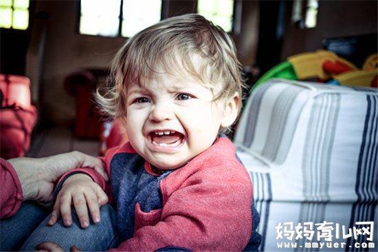 1岁宝宝竟然喜欢打人 家长须知宝宝喜欢打人的