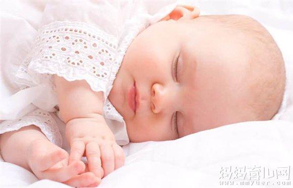 21个月宝宝睡眠时间_睡眠不足影响发育 两个月宝宝的睡眠时间多少正常