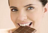 顺产后可以吃巧克力吗 顺产后吃这6种零食营养又健康