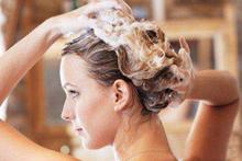 关于剖腹产后多久可以洗头的问题 有洁癖的你hold住吗
