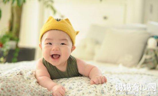 新生儿打嗝频繁怎么办的应对方法 就5招!
