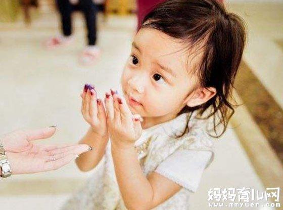 揭秘:贾乃亮李小璐的女儿叫什么 什么时候出生的