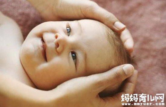 不小心按到宝宝的囟门怎么办 别紧张!听听专家的说法