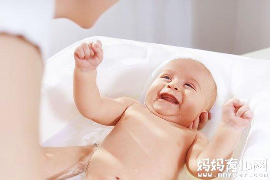 解读宝宝出疹子能洗澡吗 宝宝出疹子这3点要注意