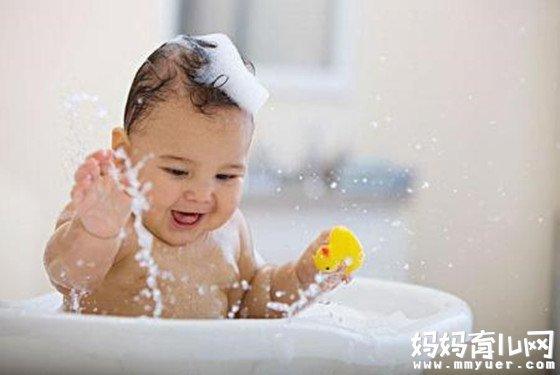 婴儿浴盆什么牌子好 关键看舒适性与适用性