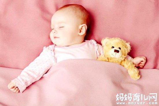 怎样判断给宝宝盖的被子是否合适 99%的爸妈都想知道!