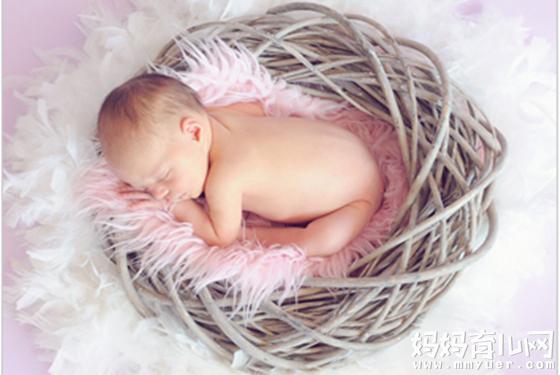 新生儿黄疸正常值是多少 4种方法解决新生儿黄疸高