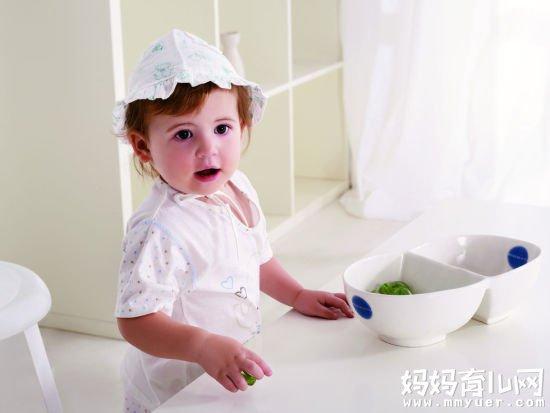 宝宝上吐下泻当心急性肠胃炎 宝宝急性肠胃炎怎么办