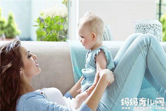 宝宝语言发育的秘密 宝宝多大会叫爸爸妈妈算正常