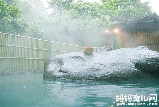 泡温泉放松身心是一大享受 宝宝多大可以泡温泉你造吗