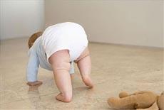 解析宝宝摔跤后呕吐怎么回事 别大意!或是轻微脑震荡!