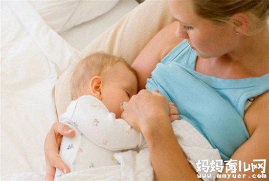 宝宝一吃奶就睡觉怎么办 不妨试试这个方法