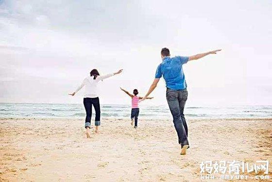 适合一家三口亲子照创意 为亲子生活添点乐趣