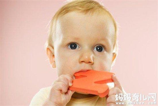 宝宝长牙妈妈受罪!教你宝宝长牙爱咬人怎么办 就4招!