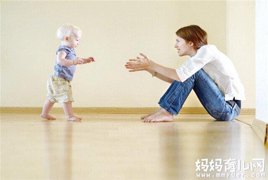 应对宝宝不愿意走路的6个妙招 一个比一个狠!