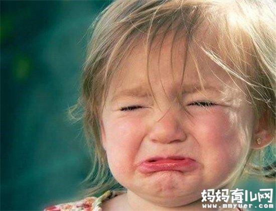 宝宝一见到陌生人就哭怎么办 看看育儿专家怎么说