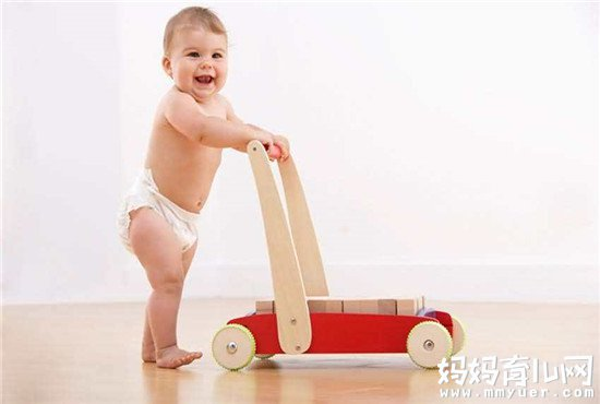 解读宝宝垫着脚走路怎么回事  看完之后就放心了