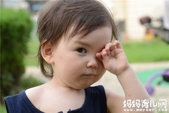 宝宝认生不愿意照相怎么办的秘诀 第一条最重要