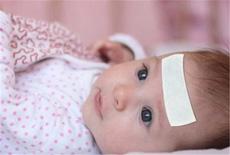 退烧小常识:宝宝发烧用温水擦哪里?重点擦这三个部位