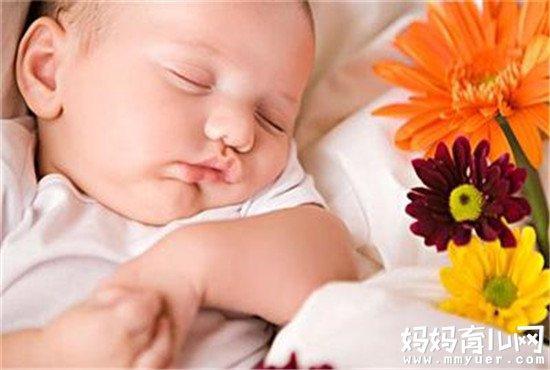 真捉急!宝宝很晚睡觉怎么办?3大妙招让宝宝早早入眠!