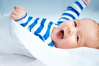 新生儿睡得安稳的小窍门 简单到暴,就4招!