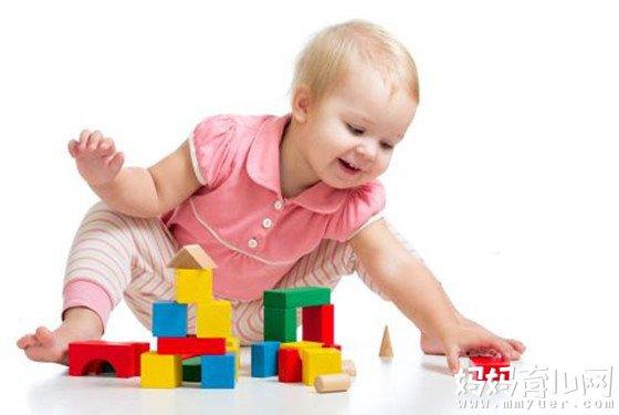 11个月宝宝发育指标标准 十一个月宝宝生长发育对照表