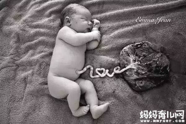 晚剪2分钟受用一生?关于宝宝脐带的问题 悔死没早知道!