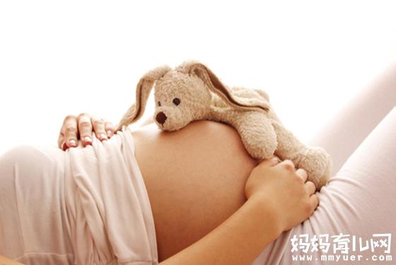 """怀孕六个月胎动的感觉 比悟空""""钻""""肚还有趣"""