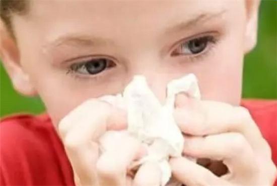 1分钟科普清鼻涕与浓鼻涕的区别 宝宝流浓鼻涕怎么办