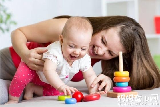 适合十个月宝宝早教游戏 不出门也能打造出高智高宝宝