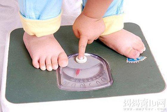 两个月的宝宝体重、身高、智力发育及宝宝护理要点