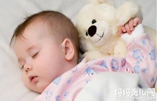 宝宝冬天睡觉怎么穿最科学 防止受凉就4招