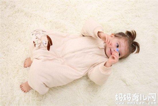 宝宝睡袋是分腿好还是不分腿好 答案一目了然