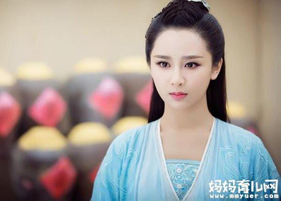 杨紫亲自霸气怒怼整容传闻  童星杨紫总被质疑整容