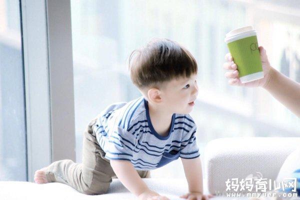 嗯哼为什么叫嗯哼 杜江霍思燕儿子的小名竟有这样的由来