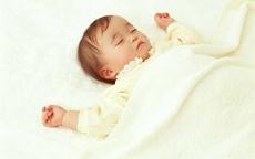 宝宝头发长得慢是什么原因 让宝宝头发长快一点的秘诀