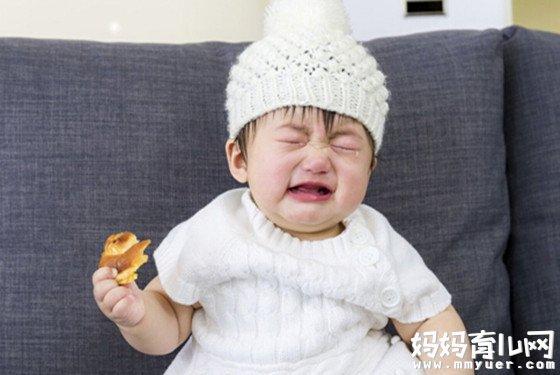 宝宝大便有泡沫怎么回事 第一个原因竟占了90%之多