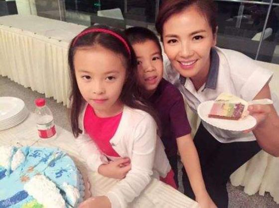 刘涛有几个孩子 刘涛的孩子是双胞胎吗?