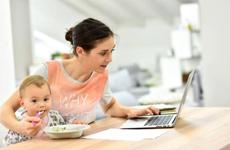 在家带娃能做点什么兼职  全职妈妈挣钱的8种途径