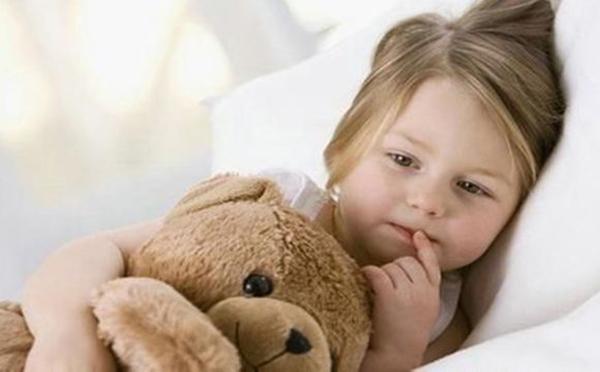 儿童退烧最好的6个办法 附加5种按摩退烧法讲解