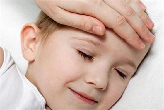 如何判断孩子是否发烧 孩子发烧的症状有哪些?
