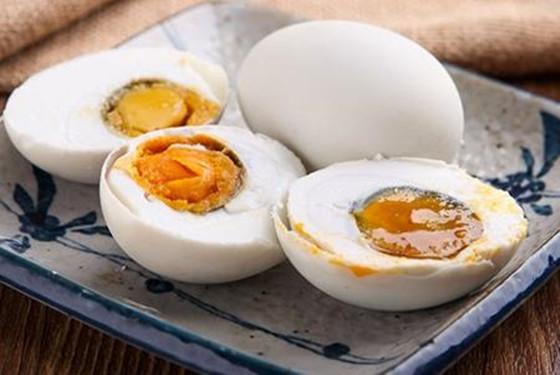 腌制食品存在致癌风险 孕妇能吃咸鸭蛋吗的真相