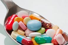 宝宝的感冒药可以混在一起吃吗  哪些药物不能混在一起