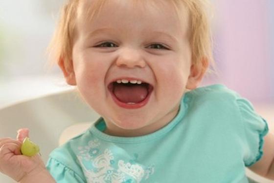 育儿小百科:全面详细的0-12月宝宝喂养指南