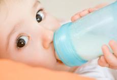 揭秘哪个牌子的奶粉含钙高  含钙量最高的婴儿奶粉在此
