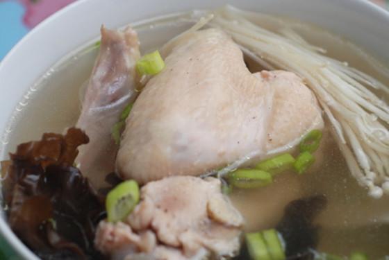 孕妇能吃鸭脖子吗_孕妇可以吃鸭肉吗 才知道吃鸭肉还有这些好处(2) - 妈妈育儿网