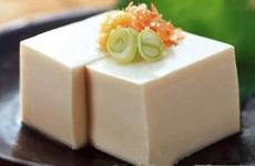 适合宝宝吃的豆腐做法多了去了 为啥这3种宝宝百吃不厌